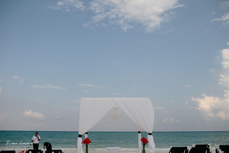 VianeyChris - Gran Coral Wedding Photography - Ivan Luckie Photography-1