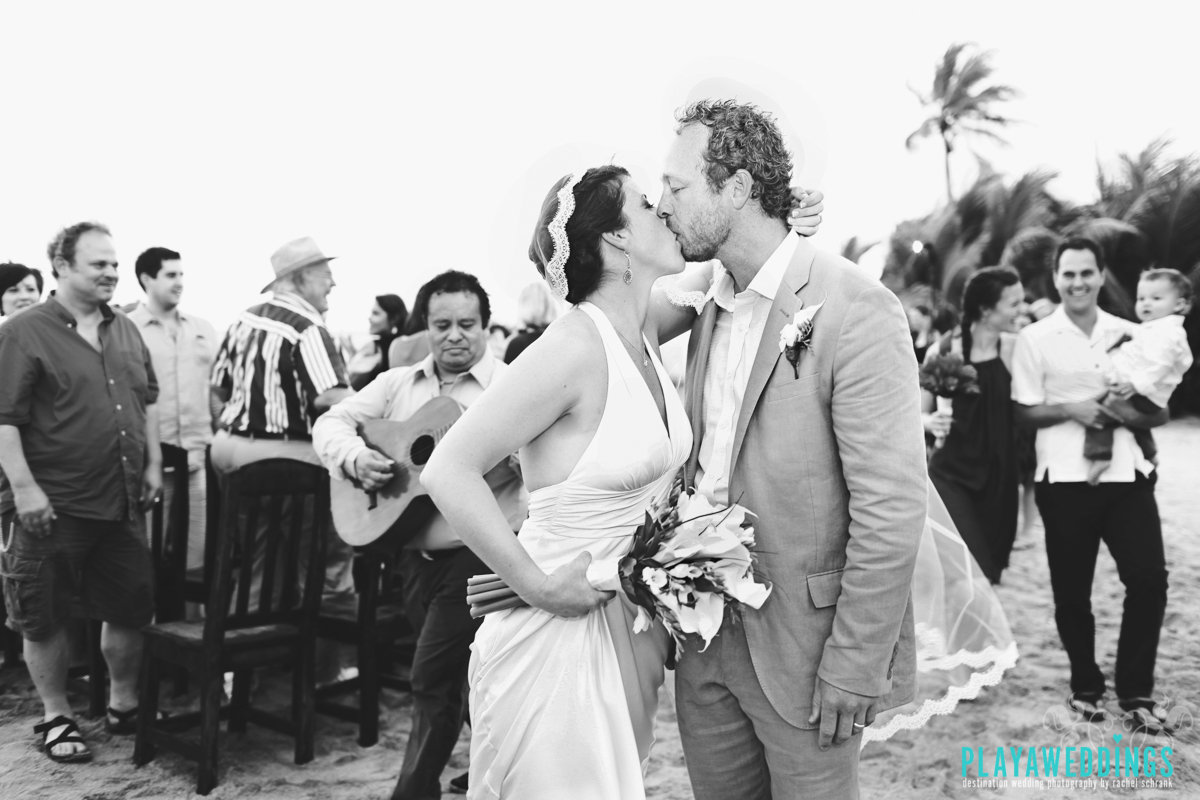 WeddinginPlaya_bluevenadowedding_1